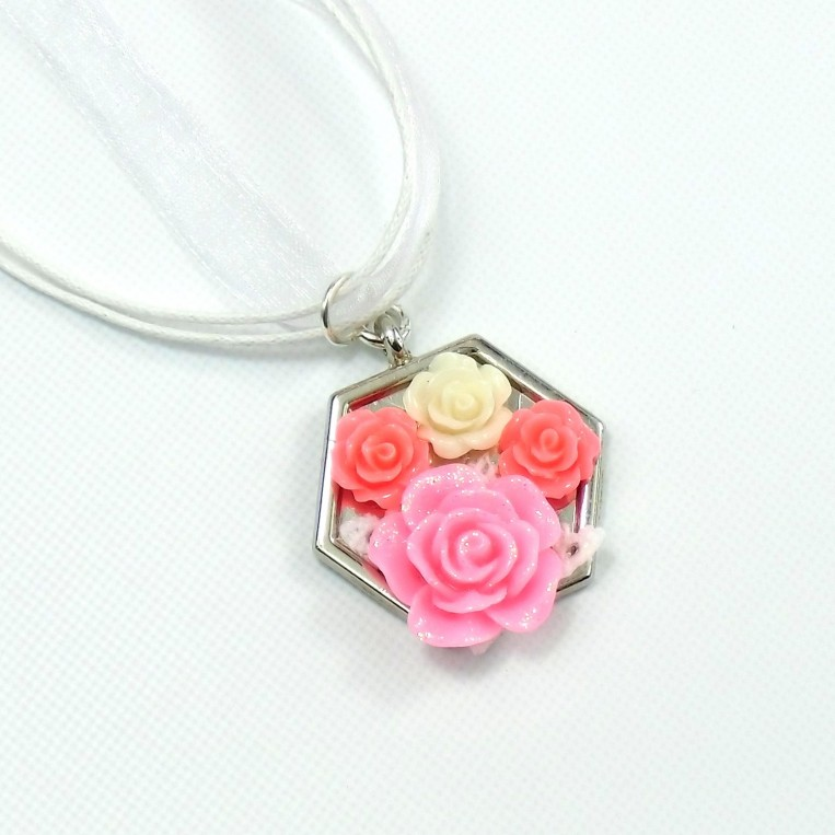 Collana Roses